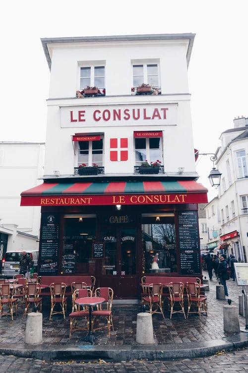 Le-Consulat